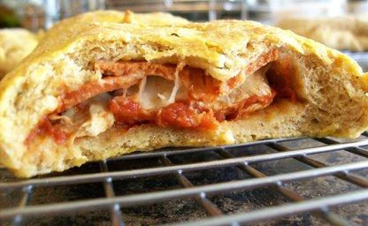 Pizza pocket calzone