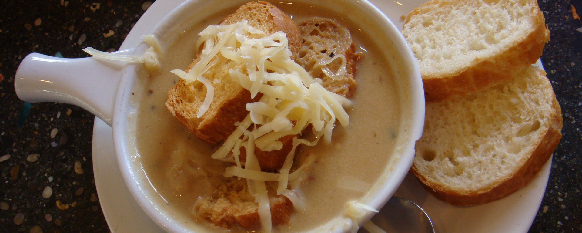 Swiss onion soup